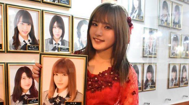 Tanikawa Hijiri saat kelulusannya di AKB48