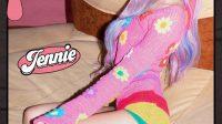Jennie BLACKPINK Muncul Bak Boneka Barbie dalam Foto Teaser 'Ice Cream'