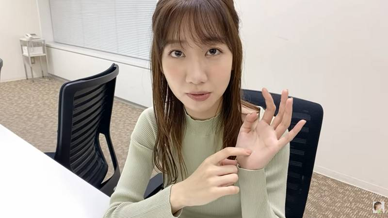 kashiwagi yuki akb48 carpal tunnel syndrome