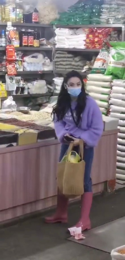 cecilia cheung in traditional market
