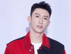 Bikin Ngakak, Johnny Huang Tanggapi Komentar Fans Lucu di Weibo