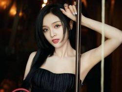 Wu Xuanyi Ungkap Pernah Putuskan Pacar Demi Jadi Trainee Agensi Hiburan
