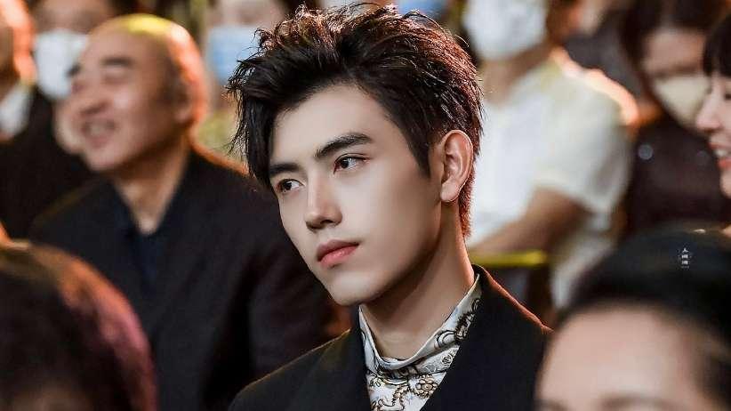 arthur chen feiyu weibo night
