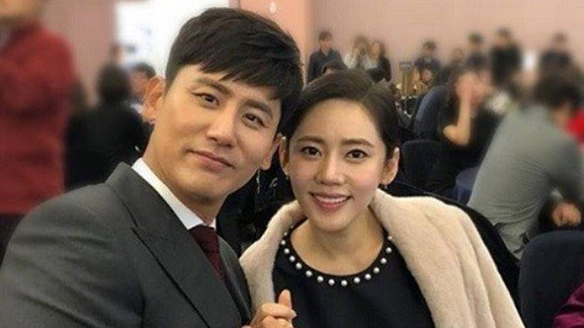 yu xiaoguang and his wife