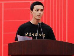 Leo Wu Jadi Perwakilan Mahasiswa saat Penerimaan Maba Kampusnya