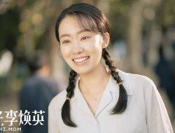 Zhang Xiaofei Dijuluki Ibu Nasional Berkat Film 'Hi, Mom'