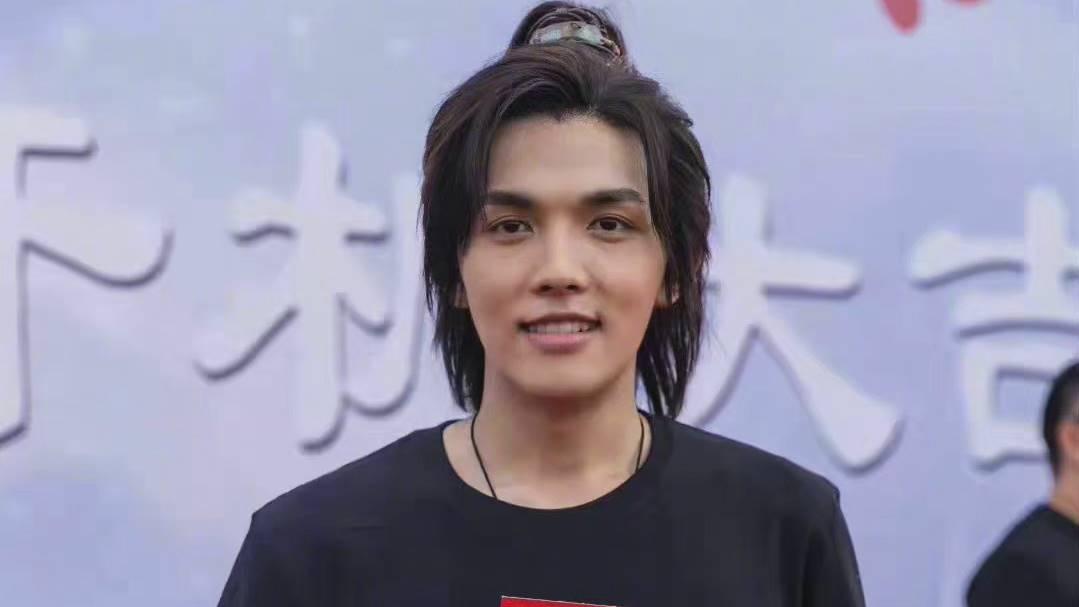 li bingxi zhang yuqi's boyfriend